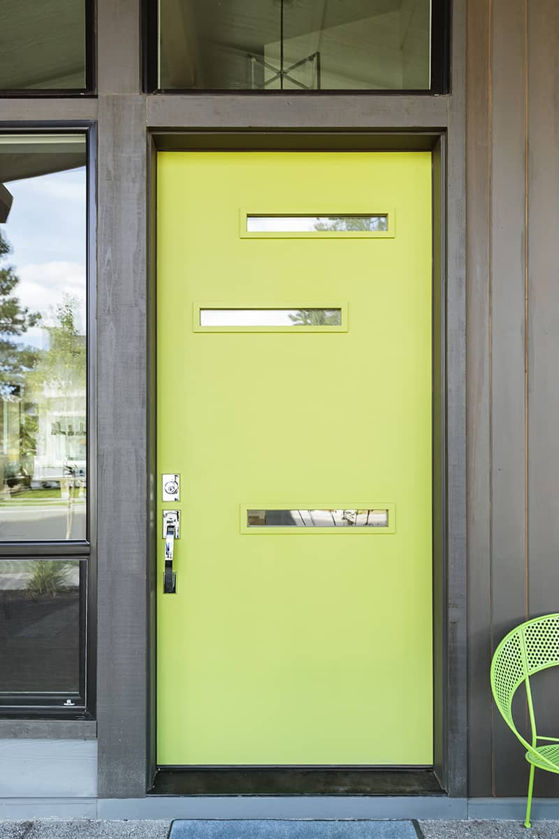 Apple Green for a Touch of Modernity