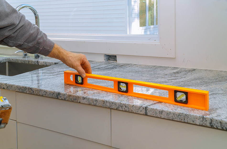 Choose the right material and color for countertops and door fronts