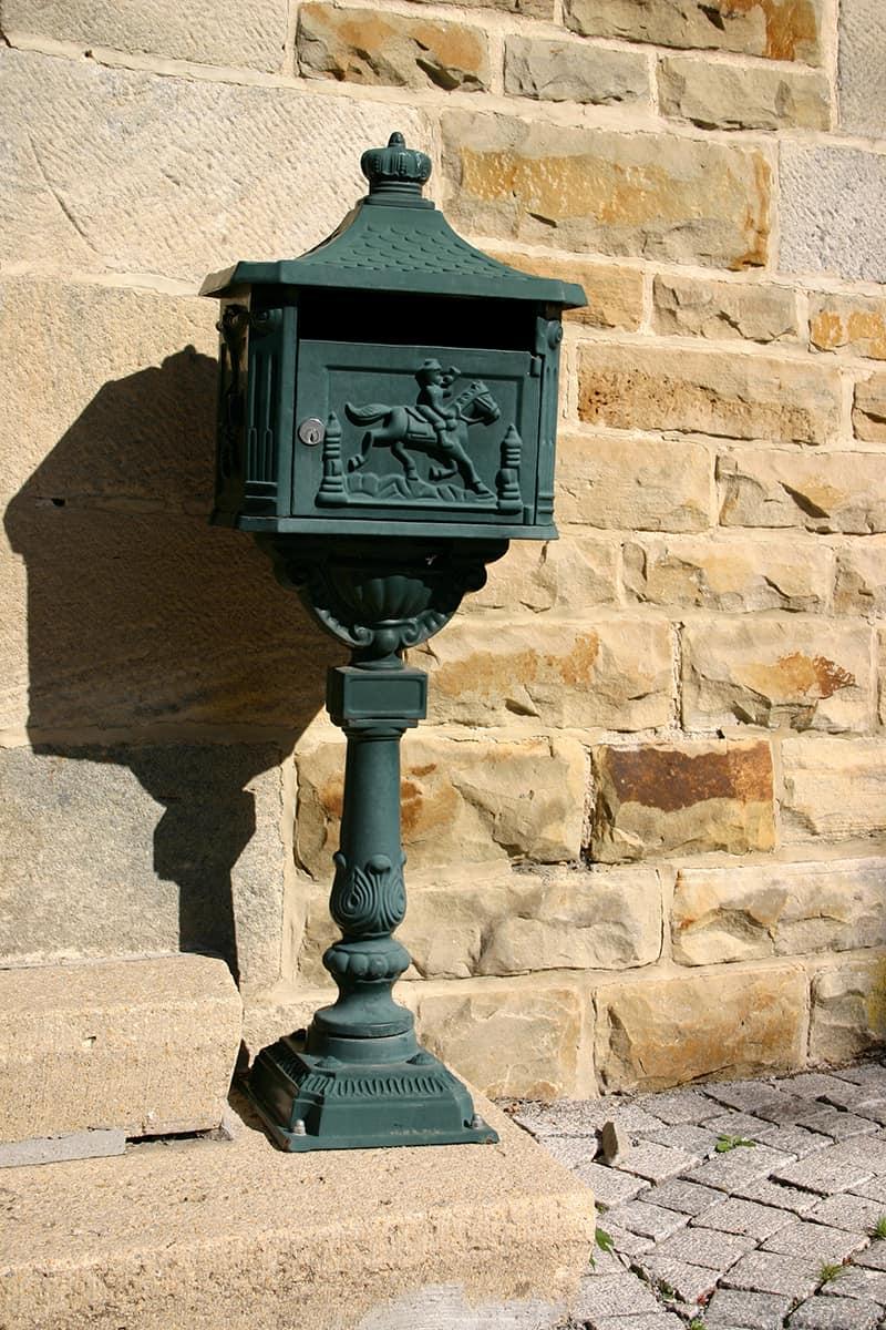 Pedestal Mounted Boxes