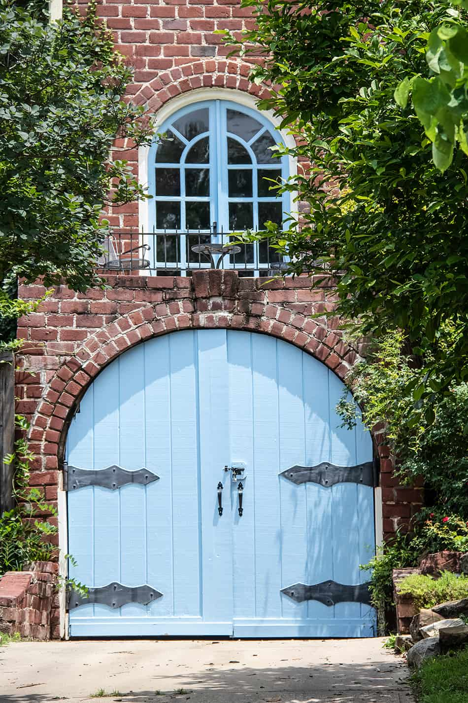Arched Garage Door and Matching Window for Uniqueness