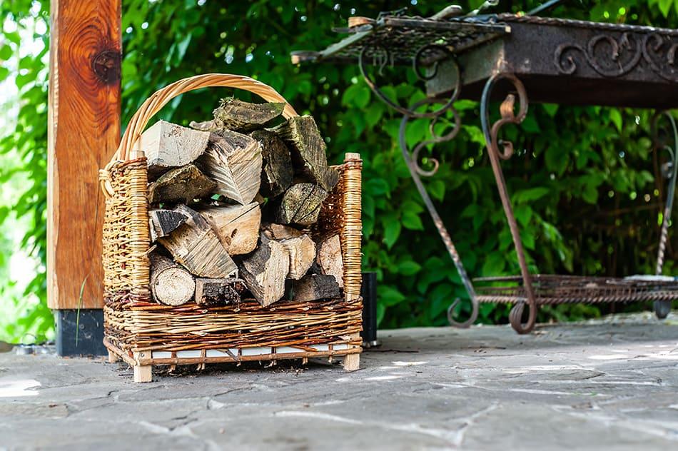 Wicker log carriers