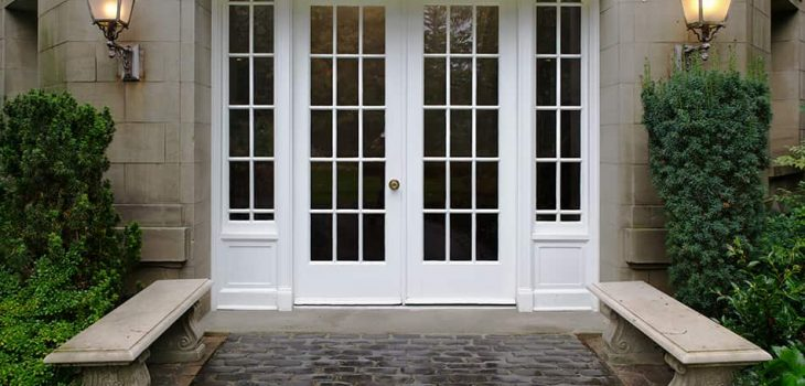 Glass Front Doors: Pros/Cons, and 9 Types to Choose for Your Home with Pictures