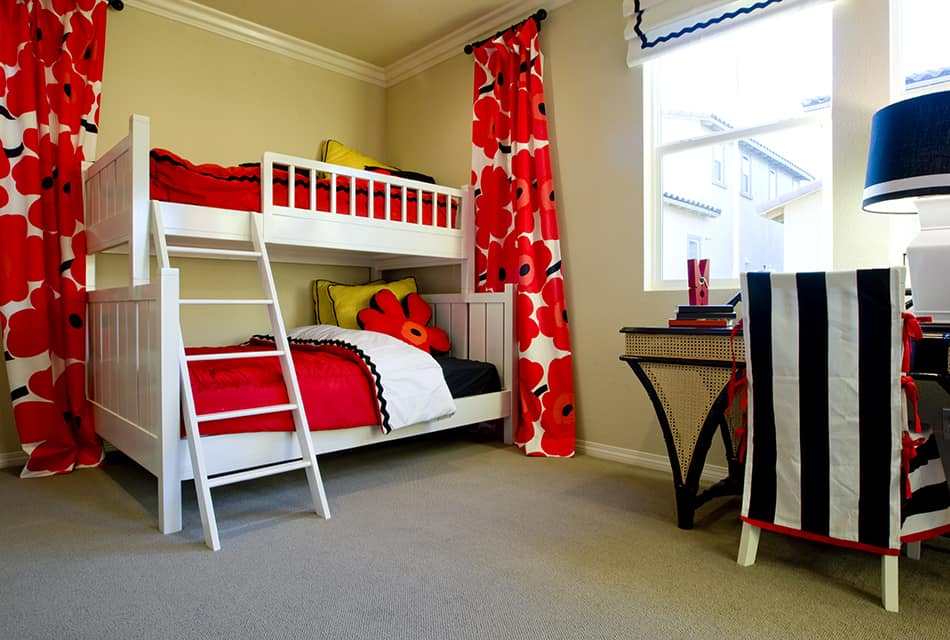 Red Black White Bedding for Teenage Sisters