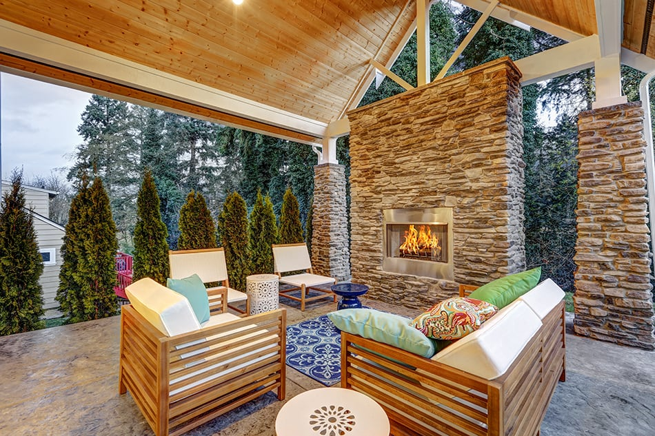Vaulted Ceiling in a Stylish Patio