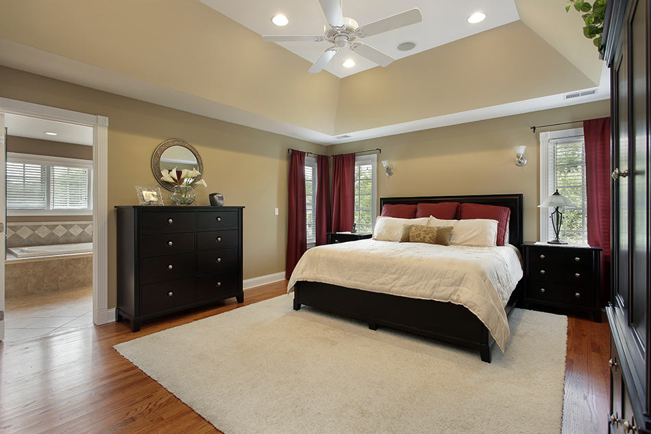 Matching Drapes and Furniture with Bed