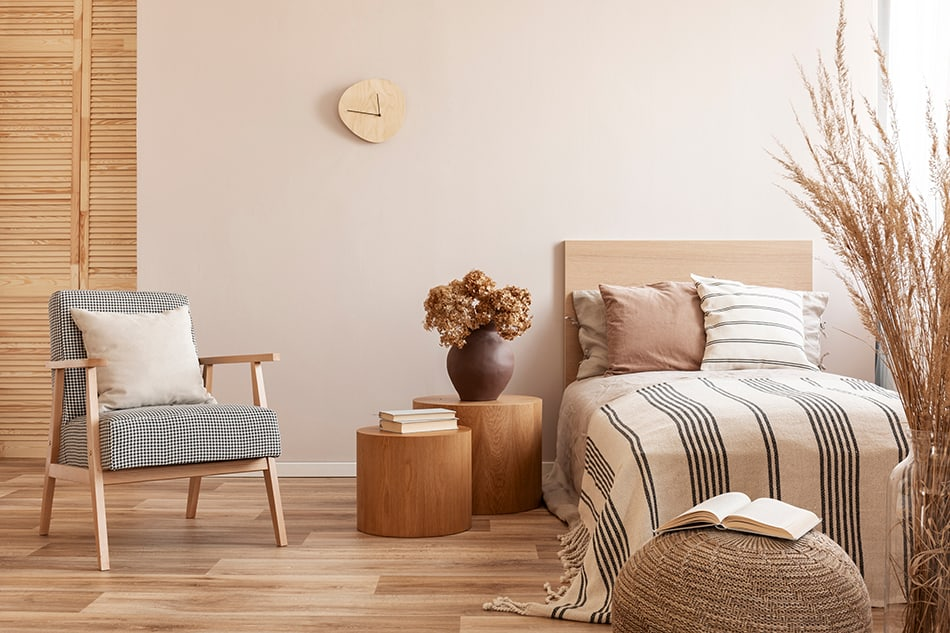 Light Wood with Beige