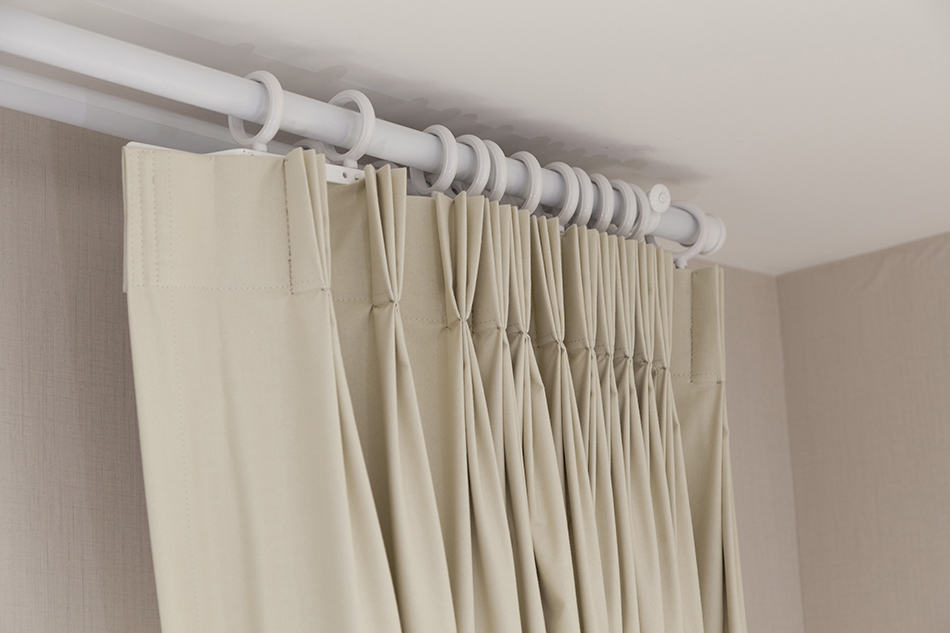 Pinch-pleated Curtains
