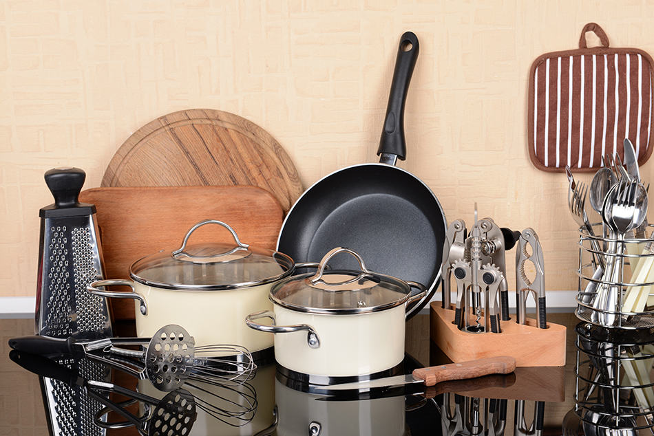 33 Essential Kitchen Tools – A Ultimate Guide