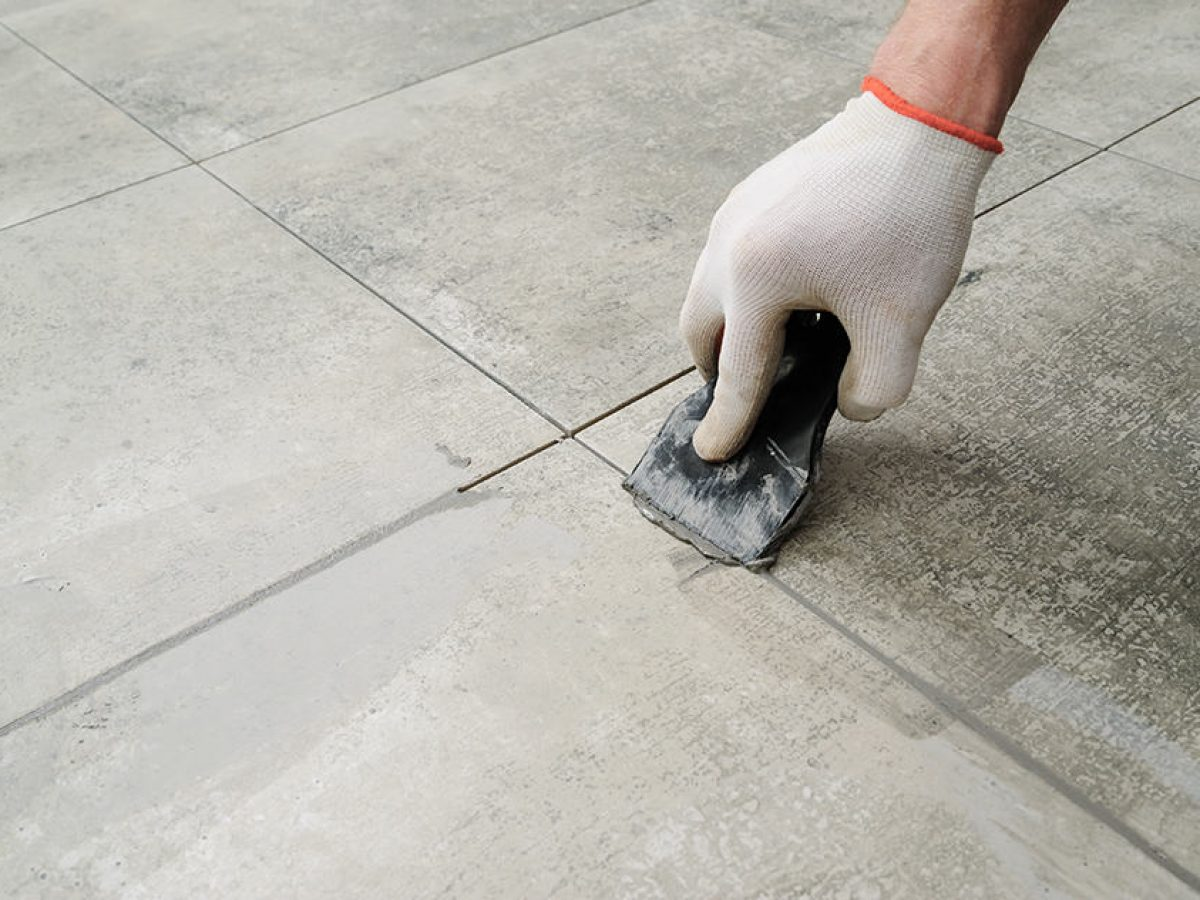 How to Remove Thinset Mortar from Tile and Concrete   Homenish