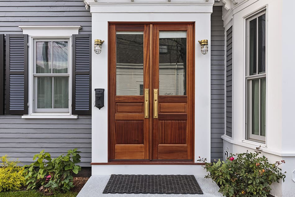 Should All Exterior Doors Be The Same Color?