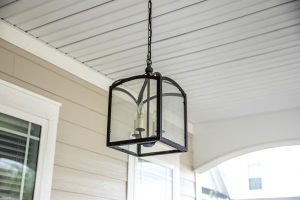 Types of Outdoor Hanging Lights