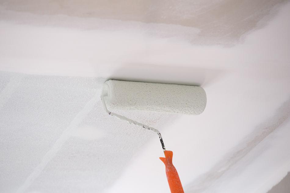 Eggshell vs. Flat Ceiling Paint