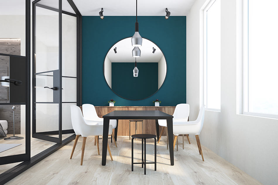 Should You Put Mirrors in the Dining Room?