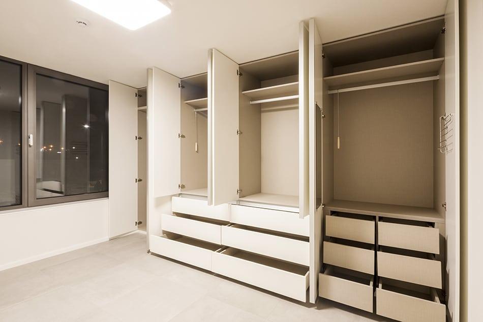 Standard Closet Depth