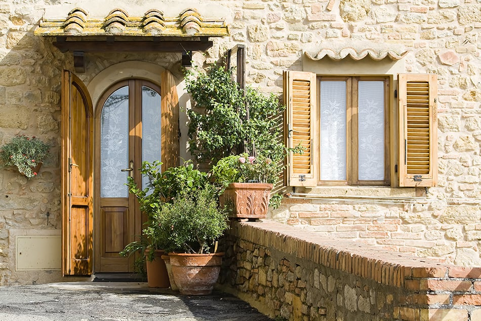 Discover Old World Charm of Tuscan Style Architecture