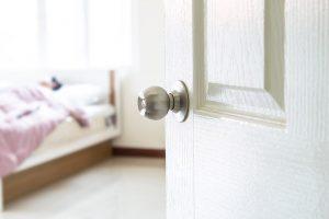 Should Bedroom Have Door Lock?