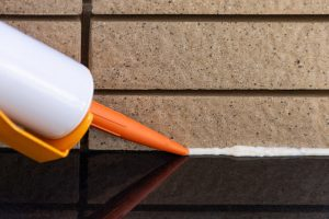 How Long Does Caulk Take to Dry?