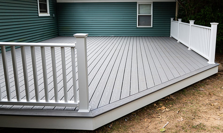 How to Get Deck Stain Off Vinyl Siding?