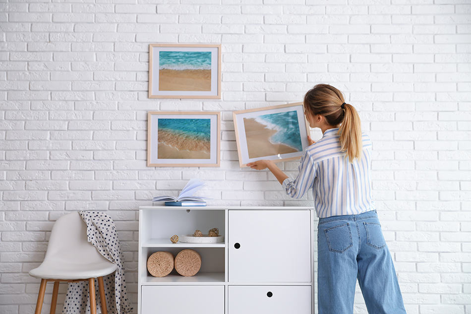 Types of Picture Hangers