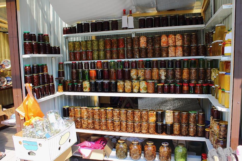 Types of Kitchen Pantries