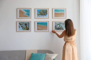 How to hang a picture without wire