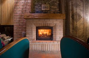 Fireplace Mantel Color Ideas to Serve as a Focal Point